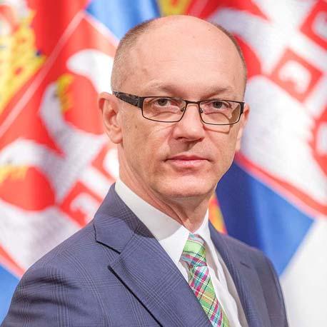 Ministar Goran Trivan
